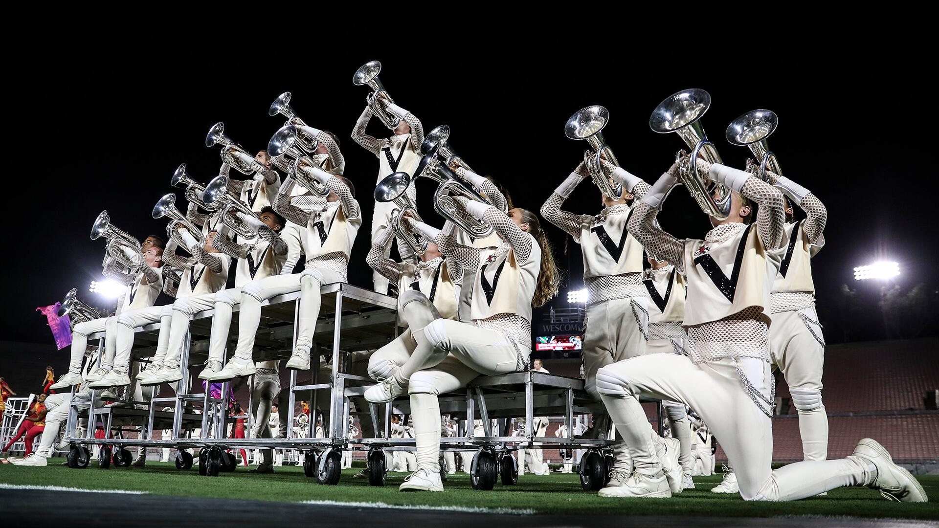 Vanguard, Devils keep it close at the Rose Bowl